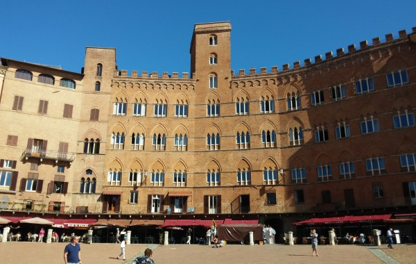 Siena Courtyard